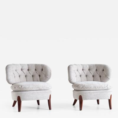 Otto Schulz Pair of Otto Schulz Lounge Chairs in Gray Chenille and Beech Sweden 1940s