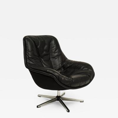 Overman Style Swivel Lounge Chair