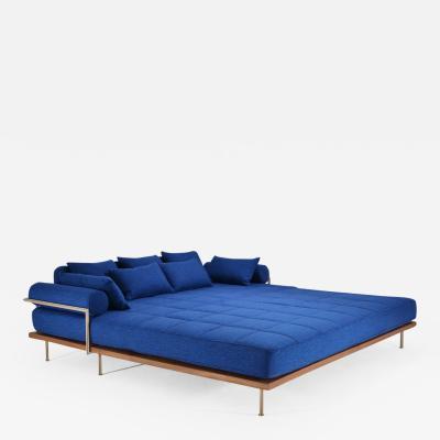 P Tendercool Bespoke Outdoor Lounge Bed in Reclaimed Hardwood Brass Frame