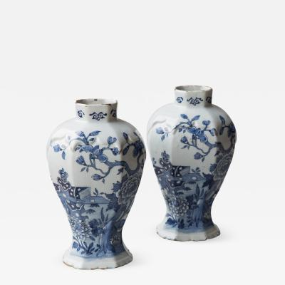 PAIR OF 18TH CENTURY DELFT OCTAGONAL BALUSTER VASES