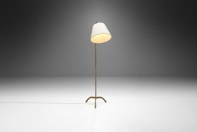 Paavo Tynell Paavo Tynell Floor Lamp Model 9609 for Oy Taito AB Finland 1940s