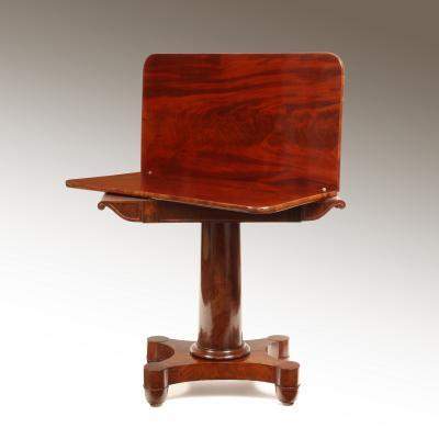 Pair of American Mahogany Tea Tables New York or Boston Circa 1830