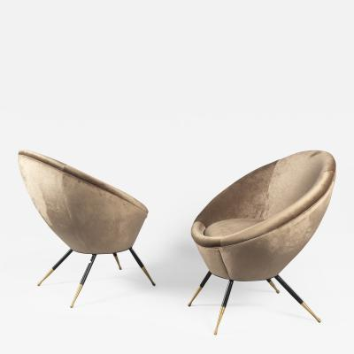 Pair of Chairs Italy 1960s