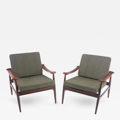 Pair of Danish Modern Spade Armchairs Designed by Finn Juhl