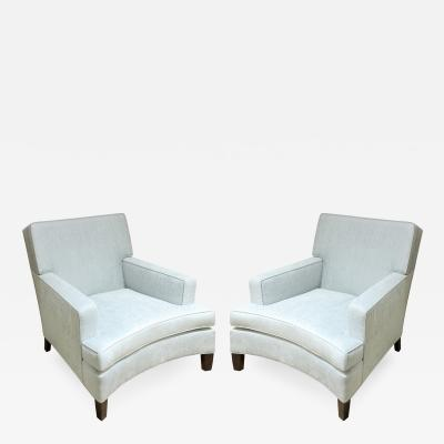 Pair of Elegant Club Chairs with Curved Fronts