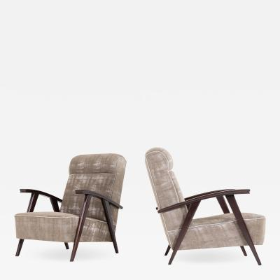 Pair of Modernist Armchairs Attributed to Jacques Adne