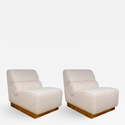 Pair of Sculptural Lounge Chairs in Ivory Boucle and Brass Base Italy 2019