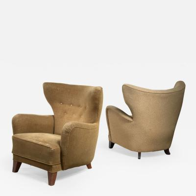 Pair of wingback lounge chairs