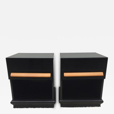 Paul L szl Pair of Elegant Nightstands or End Tables