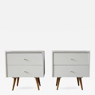 Paul McCobb Pair of Paul McCobb Nightstands in White Lacquer with Vitrolite Tops