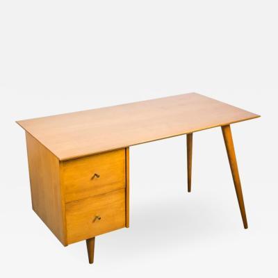 Paul McCobb Paul McCobb Desk for Planner Group in Solid Maple 1950s