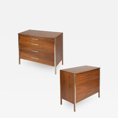 Paul McCobb Paul McCobb Pair of Bedside Chests In Walnut and Aluminum 1960s