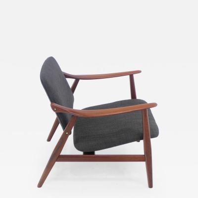 Peter Hvidt Classic Scandinavian Modern Teak Chair Designed by Arne Hovmand Olsen