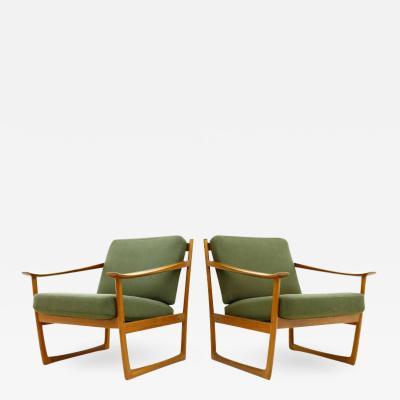 Peter Hvidt Orla M lgaard Nielsen Pair of Danish Lounge Chairs by Peter Hvidt M lgaard FD 130 1961