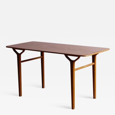 Peter Hvidt Orla M lgaard Nielsen Peter Hvidt and Orla M lgaard Nielson Ax Table Model 695