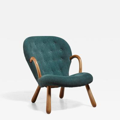 Philip Arctander Philip Arctander Clam Chair with Green Upholstery Denmark 1940s