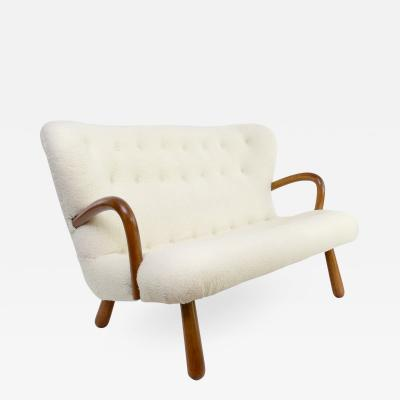 Philip Arctander Scandinavian modern settee designed by Phillip Arctande