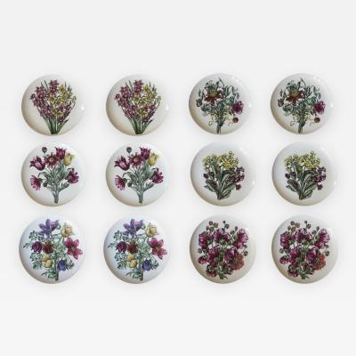 Piero Fornasetti Set of 12 Fornasetti Milano Fiori Pattern Porcelain Plates circa 1965