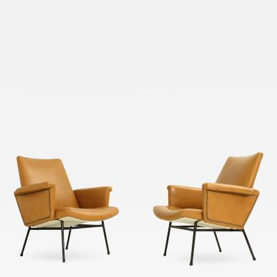 Pierre Guariche Pair of SK 660 Armchairs in Leather by Pierre Guariche for Steiner 1953
