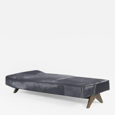 Pierre Jeanneret Daybed with compass legs