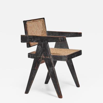 Pierre Jeanneret Pierre Jeanneret Chandigarh High Court black V leg chair 1950s