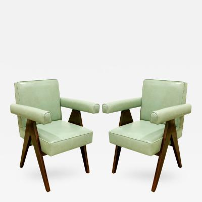 Pierre Jeanneret Pierre Jeanneret Pair of Committee Chairs 1953 4