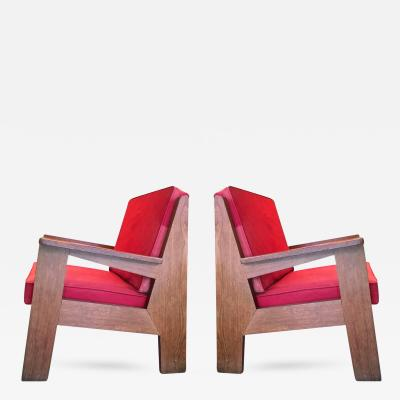 Pierre Jeanneret Pierre Jeanneret attributed Pair of Oak Modernist Chairs with Striking Design