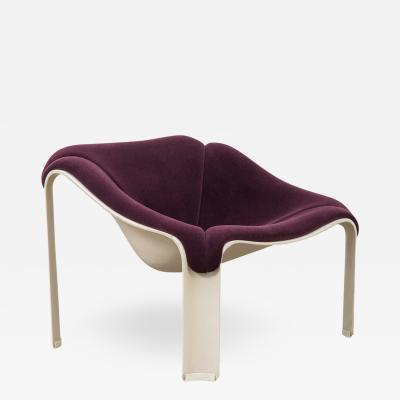 Pierre Paulin F300 Lounge Chair by Pierre Paulin