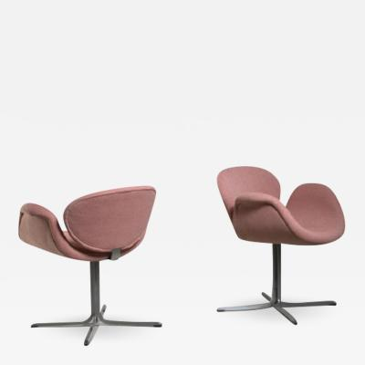 Pierre Paulin Pair of Pierre Paulin Tulip chairs The Netherlands 1960s
