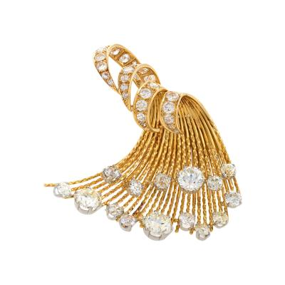 Pierre Sterl Sterle Paris Mid 20th Century Diamond and Gold Wave Brooch