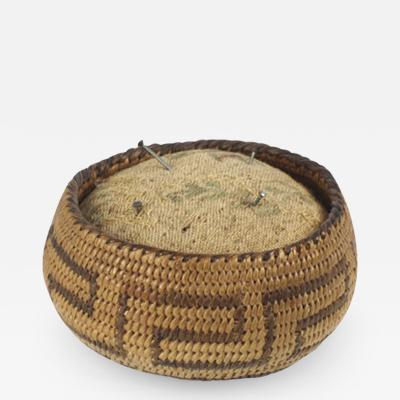 Pima Akimel Oohdam basket woven around a pincushion