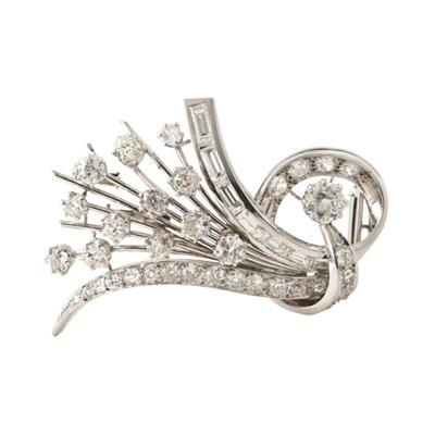 Platine and Diamonds Brooche Shape Bouquet of Flowers circa 1950s