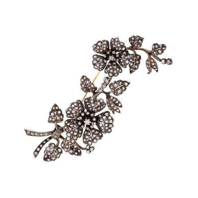 Portugese en Tramblant Diamond and Silver Top Gold Brooch