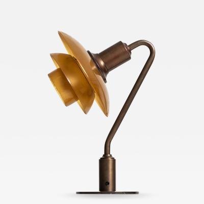 Poul Henningsen Table Lamp Model PH 2 2 Vinterg kken Produced by Louis Poulsen