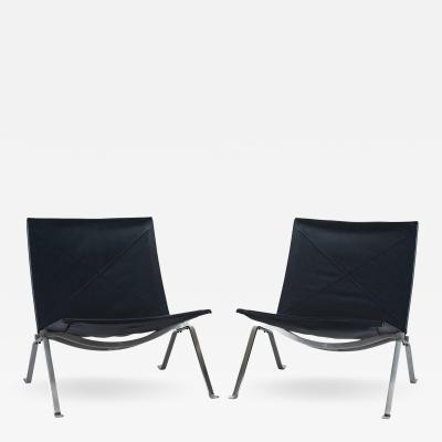 Poul Kj rholm Pair of Poul Kjaerholm PK22 Lounge Chairs by Fritz Hansen