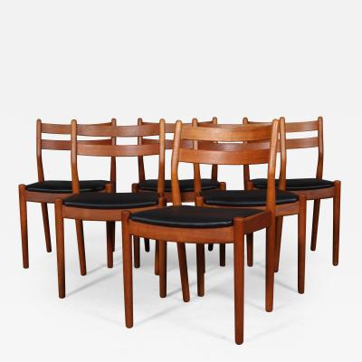 Poul Volther Poul M Volther six chairs in patinated oak model J61 6
