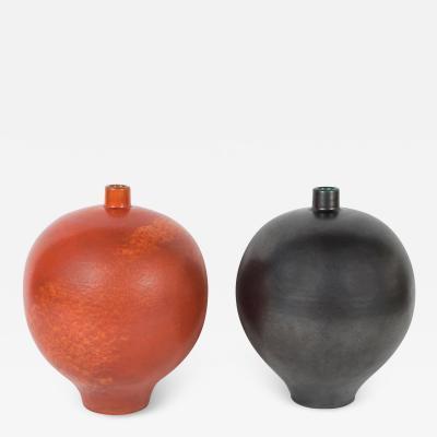 Primavera Atelier du Printemps Pair of black and orange Primavera vases