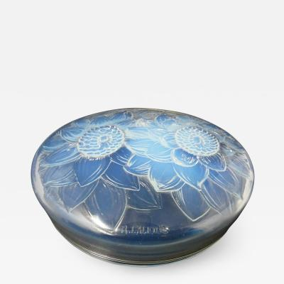 Ren Lalique Lalique Co Ren Lalique Opalescent Glass Trois Dahlias Box