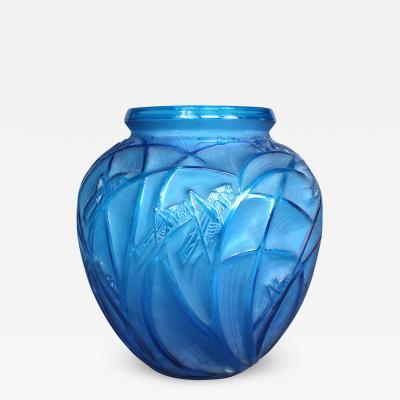 Rene Lalique A R Lalique Bleu Electric Grasshoppers 1912 Vase