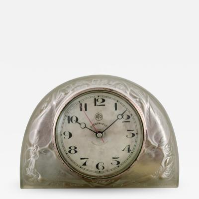 Rene Lalique Moineaux clock art glass decorated with sparrows leaves twigs