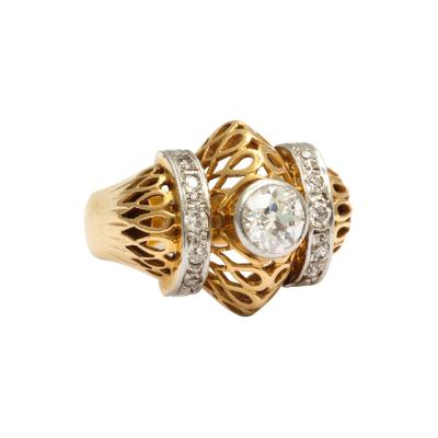 Retro Barrel Shaped Diamond and Gold Ring