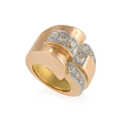 Retro Continental Diamond Gold Ring