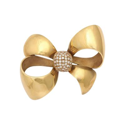 Retro Italian 18 kt Gold Bow with Diamond Cluster Knot