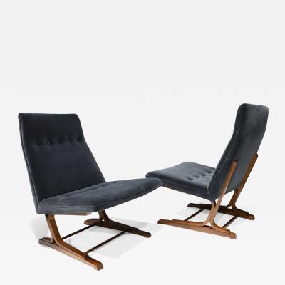 Roger Sprunger Pair of Roger Sprunger for Dunbar Cantilevered Chairs in Blue Velvet