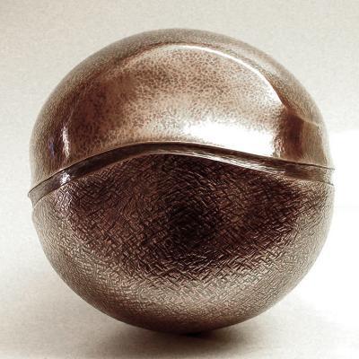 Roland Daraspe SCULPTURE 258 Chiseled copper