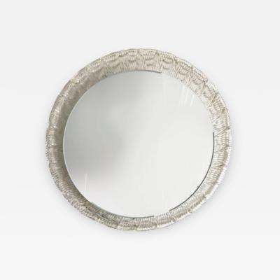 Round Illuminated Mirror