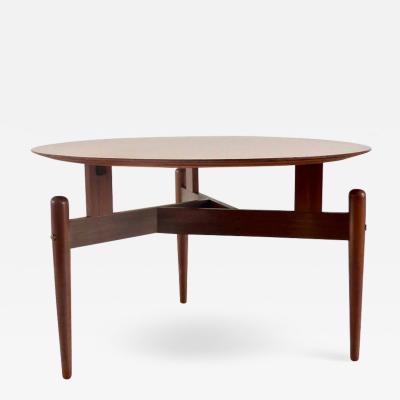 Round Walnut Three Feet Italian Coffee Table circa 1950