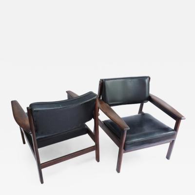 Sergio Rodrigues Set of 2 Mid Century Modern Drummond Armchair by Sergio Rodrigues Brazil 1950s