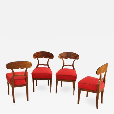 Set of Four Biedermeier Shovel Chairs Walnut Vienna Austria circa 1845