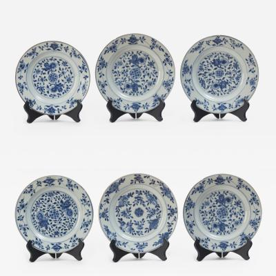 Set of Six Kangxi Blue and White Plates with Chrysanthemum and Lotus Decoration